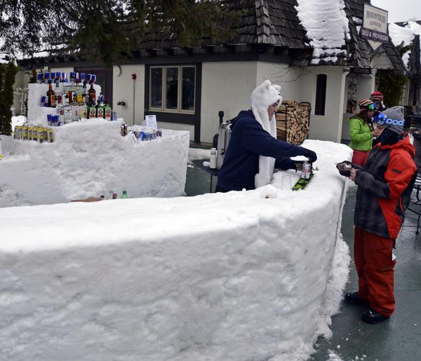 Snow-Storm-Bar