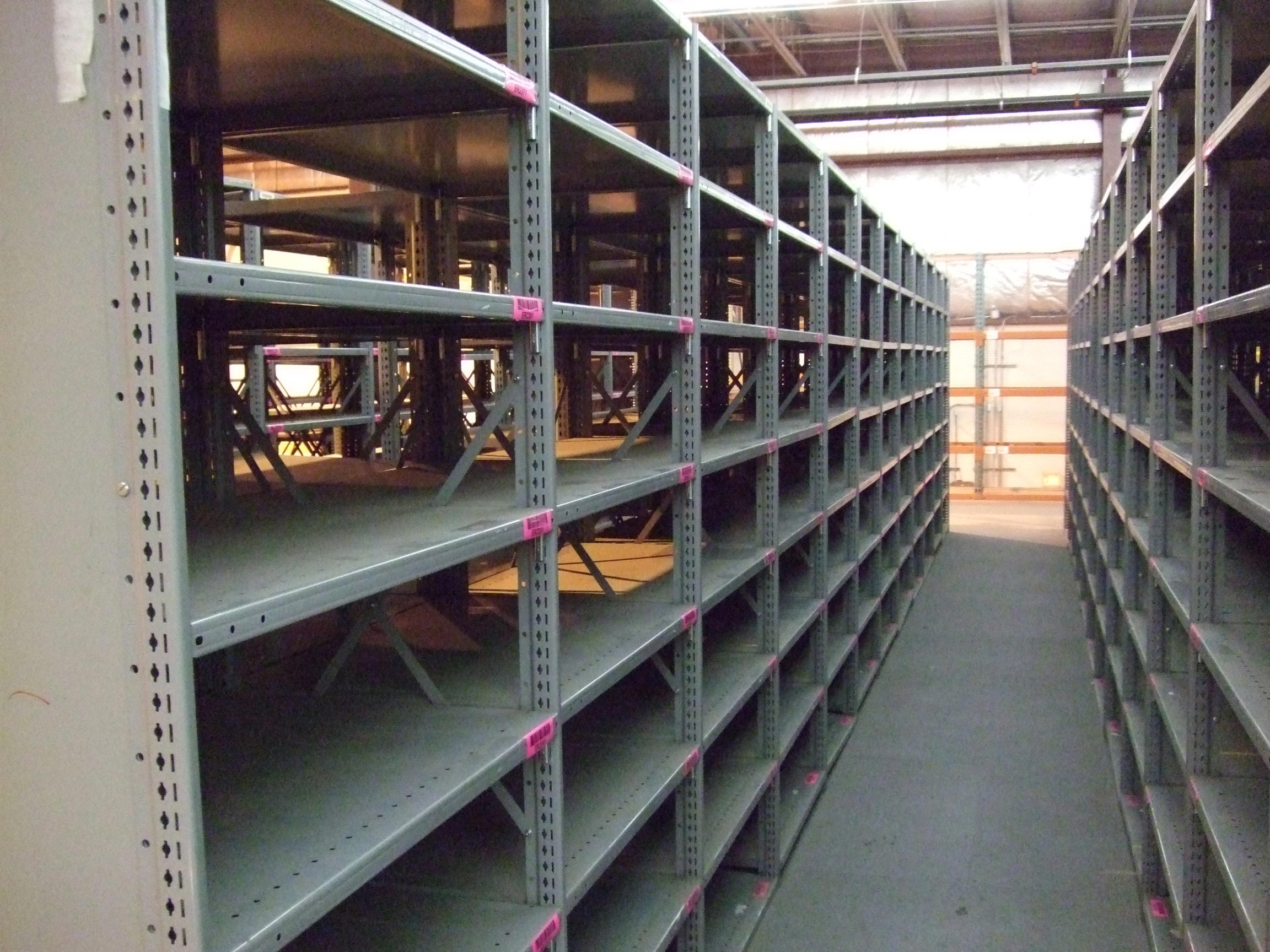 All About Steel Clip Shelving The Shelving Blog