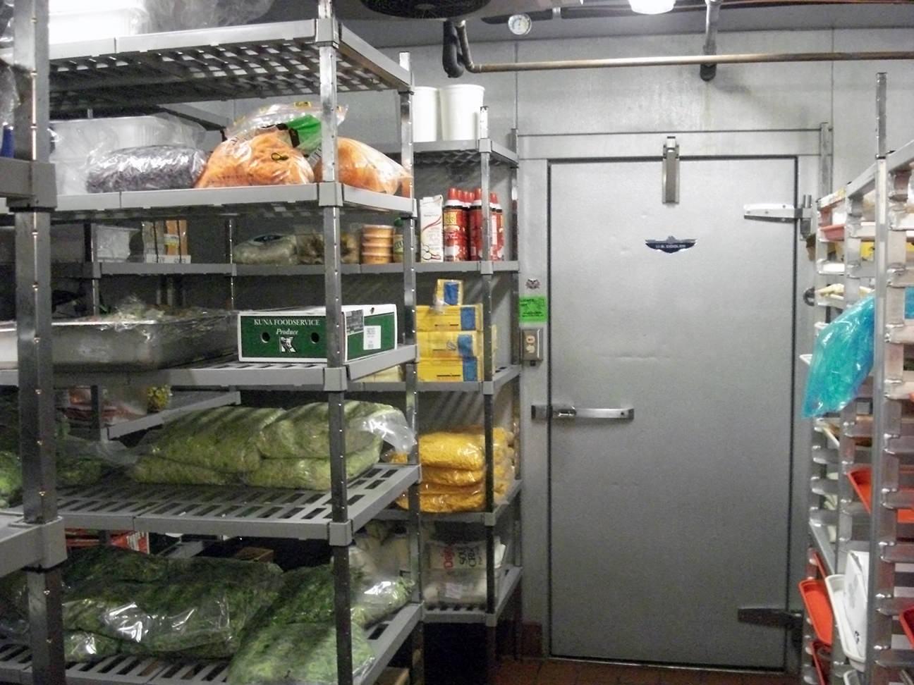 Tips for organizing a walk in freezer or refrigerator for Small room cooler