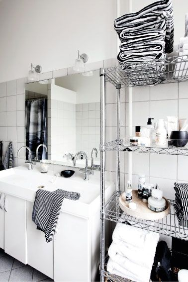 Wire Shelving In Bathroom