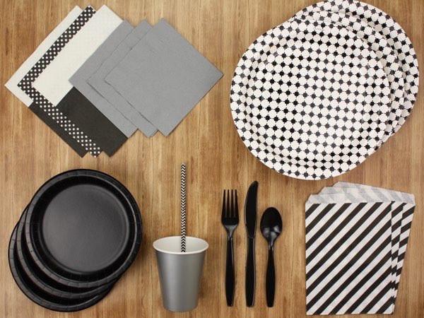 Paper table settings