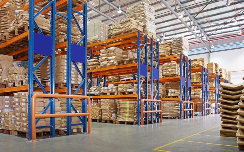 pallet racks in warehouse
