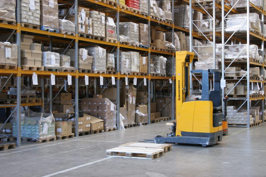 Hi-lo in warehouse