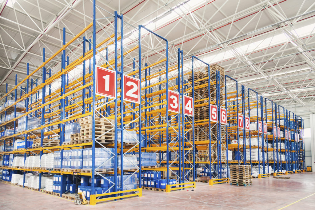 Numbered pallet rack shelving